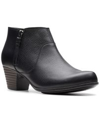 Clarks - Valarie2sofia Leather Booties - Lyst