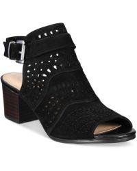 Bella Vita Fonda Sandals - Black
