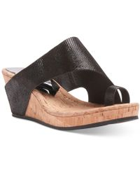 Donald J Pliner Gyer Leather Wedge Toe-ring Sandals - Black