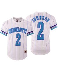 84d5f9329 Mitchell   Ness - Larry Johnson Charlotte Hornets Name And Number Mesh  Crewneck Jersey - Lyst