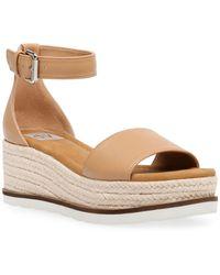 DV by Dolce Vita Baker Flatform Treaded Sandals - Natural