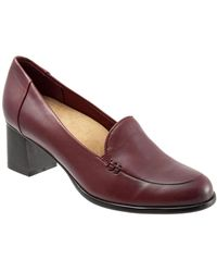 Trotters Quincy Slip On Heel Court Shoes - Red