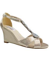 Dyeables Codi Wedge Sandal - Metallic