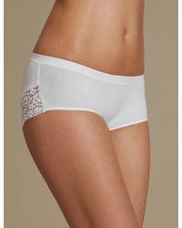 NEW LADIES WHITE LOW RISE SHORTS LACE BANDEAU MARKS /& SPENCER NO VPL