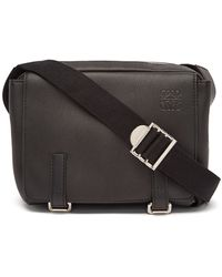 Loewe Anagram-logo Grained-leather Messenger Bag - Black