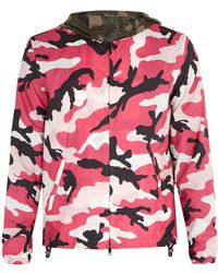 Valentino - Veste coupe-vent à imprimé camouflage - Lyst
