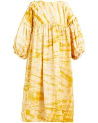 STORY mfg. Robe midi en coton tie-dye à smocks Mon - Jaune