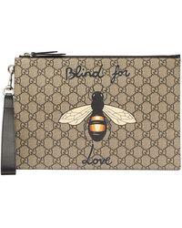 Gucci Pochette en toile Suprême GG à imprimé abeille - Multicolore