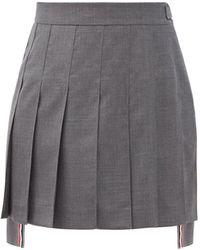 Thom Browne Jupe midi en laine à ourlet oblong plissé - Gris
