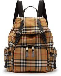 Burberry - Sac à dos en nylon à motif Vintage check - Lyst