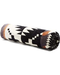 Pendleton Spider Rock Cotton Beach Towel - Black