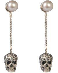 Alexander McQueen Skull Chain Earrings - Metallic