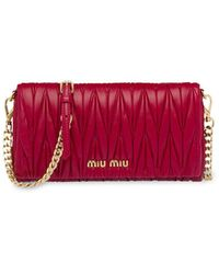 Miu Miu Matelasse' Clutch - Red