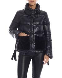 Herno Piumino nero con tasche in eco-pelliccia