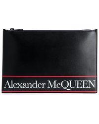 Alexander McQueen Clutch mit Logo-Print - Schwarz