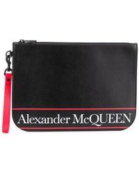 Alexander McQueen Clutch mit Logo - Schwarz