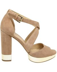 Michael Kors Beige Suede Sandals - Natural