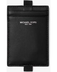 15bf2e9fbe Michael Kors - Porta Documenti In Pelle Con Cordino - Lyst