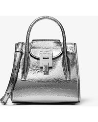 Michael Kors Bolso satchel Bancroft mini de piel cuarteada metalizada - Metálico