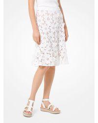 Michael Kors Falda de encaje con apliques florales - Blanco