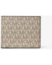 Michael Kors Harrison Logo Billfold Wallet With Passcase - Brown