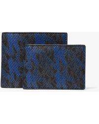 Michael Kors Greyson Logo Billfold Wallet With Passcase - Blue