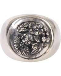 Ugo Cacciatori Silver Chevalier Ring With Chiseled Leaves And Flowers And Engraved Logo On The Back - Metallic