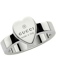 Gucci Heart Ring With Trademark - Grijs