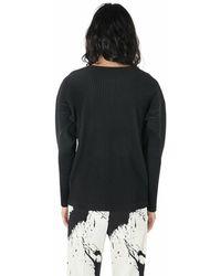 Issey Miyake Plissé Pleated Long Sleeve T-Shirt Negro