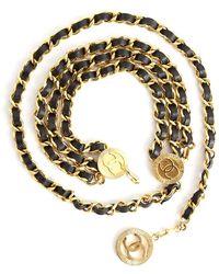 Chanel Vintage - Cinturón de cadena y piel Marrón - Lyst