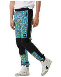 The North Face Track Pant in Nature Print - Blu