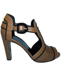 Hermès Open Toe Heels With Laser Cut Elements -Pre Owned Condition Excellent - Marrone