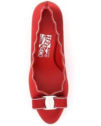 Ferragamo - Zapatos de tacón carla shell con cristales Rojo - Lyst