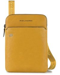 Piquadro Bags.. Yellow - Geel