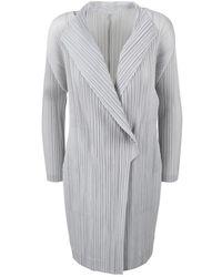 Issey Miyake Pleated Overcoat - Blanc