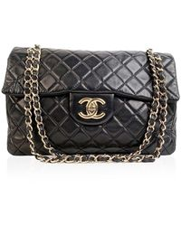 Chanel Jumbo Classic Flap Shoulder Bag - Zwart