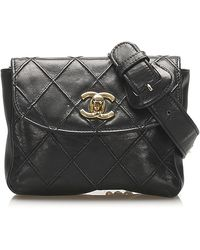 Chanel Vintage Timeless Lambskin Leather Belt Bag Lambskin - Zwart