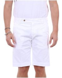 Entre Amis P208958238l17 Bermuda Shorts - Wit