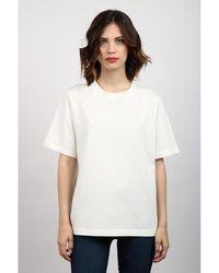 Attic And Barn T-shirt Blanco