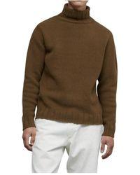 Closed Sweater - Bruin