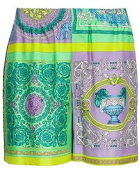 Versace - Shorts With Baroque Print - Lyst