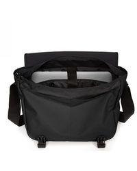 Eastpak Shoulder Bag Delegate + Negro