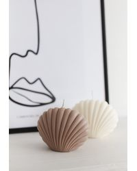 Missguided Alpha Female Club Beige Shell Candle - Unscented - Natural