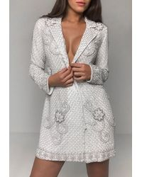 Missguided Robe courte blanche à ornements style blazer Peace + Love
