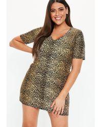 6e353cf98a4 Missguided - Plus Size Brown V Neck Leopard Print T Shirt Dress - Lyst