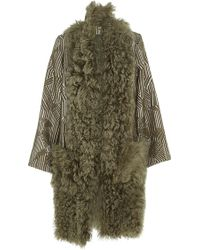 Madiyah Al Sharqi - Textured Sleeveless Fur Jacket - Lyst