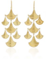 Amrapali Kimaya Fan Graduated 18k Yellow-gold And Diamond Chandelier Earrings - Metallic