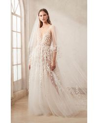 Oscar de la Renta V-neck Tulle Embroidered Gown With Cut Out Leaves - White