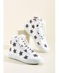 Startas - Everyday Energetic Sneaker In White Stars - Lyst