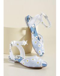 Miss L-fire Wait And Daisy Sandal - White